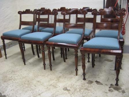 Kc møbler   ombetrækning af spisebordssstole
